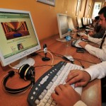 Computer users are pictured in an internet cafe in Istanbul. (UGUR CAN/AFP/Getty Images)