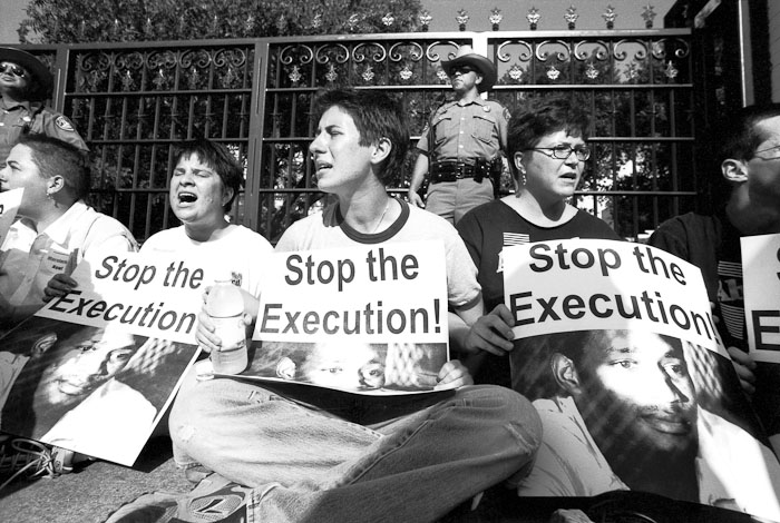 moral aspects of death penalty Does the threat of the death penalty actually deter people from committing heinous crimes to a greater extent than the threat of life imprisonment the second question is moral.