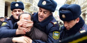 Policemen Man-handle Activist in Azerbaijan