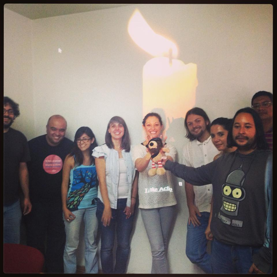 Kathryn Striffolino (center) at #Freedomhack in Mexico City (Photo Credit: Amnesty International).