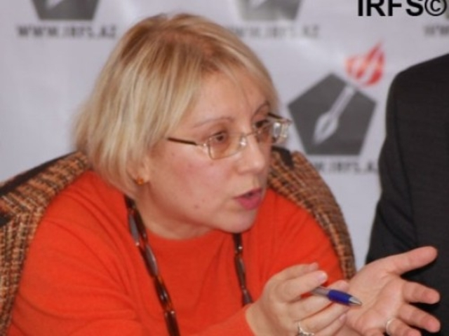 Leila Yunus, director of the Institute for Peace and Democracy
