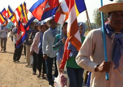 Housing rights march, Cambodia. © Amnesty International
